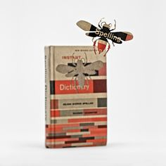 what a way to re-invent old books! I wouldn't be able to do that with my books but still.. so creative and beautiful.
