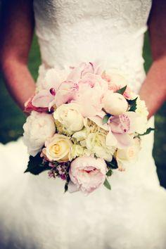 Love this arrangement! Photo by Kelly T. #MinneapolisWeddingFlorist #WeddingFlowers