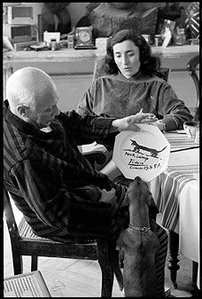 Plate Painted by Pablo Picasso being examined by the subject - Lump