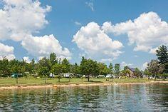 Camping Le Caussanel Aan een meer, zwemmen? , met leuk zwembad. Castell camping Website: http://www.lecaussanel.com/