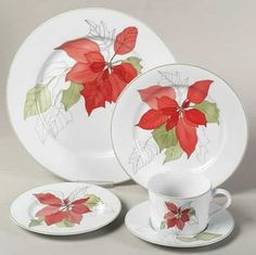 Poinsettia 5 Piece Place Setting by Block   Replacements, Ltd.