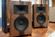 """Best of CES: Klipsch Heritage Wireless The Fifteen 2-Way 15"""" Active Speakers - AVSForum.com"""
