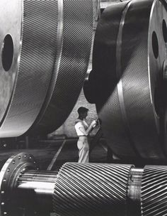 Alfred Eisenstaedt, General Electric Turbine Plant, 1948