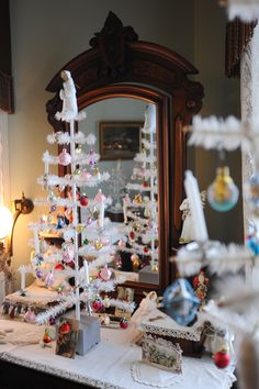 White feather Christmas decorations at the David Davis Mansion in Bloomington, Illinois.