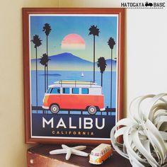 ワーゲンバスのポスターMALIBUが紙質を変えて入荷しました前回はヴィンテージ風のクラフト紙でしたが今回はコート紙で色鮮やかなポスターになりましたA3サイズなのでダイソーの300円額縁が使えますよ西海岸インテリアにオススメです #vw #volkswagen #vwtype2 #aircooledvw #vwsamba #kombi #surf #beach #CALIFORNIA #RonHerman #RHC #WTW #ロンハーマン #カリフォルニア #ダブルティー #インテリア #西海岸インテリア #ワーゲンバス #ポスター #鳩ヶ谷ベース