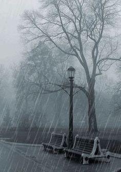 Rainy day...RAIN ~ Rainy Days ~ Raindrops ~ Rain ~ Stormy Days ~ Happy Rain ~ Love the Rain ~ Rainy Skies ~ Umbrellas!!! Like & Repin. Noelito Flow. Noel Panda http://www.instagram.com/noelitoflow