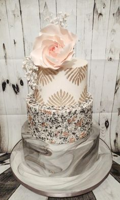 Marbled wedding by Little Cakes Of Art - http://cakesdecor.com/cakes/301819-marbled-wedding