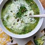 Polévka z pečené brokolice a fenyklu