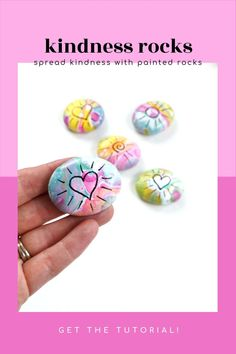 Check out the tutorial for these easy pour painted rocks. This rock painting idea is perfect for kindness rocks, gift ideas, or any summer rock painting idea. Use the pour painting tutorial to create a unique base coat on your rocks and then add the simple heart or sun design. Or add your own idea! #pourpainting #paintedrocks #rockpainting101 Pour Painting, Painting Videos, Stone Painting, Rock Painting Ideas Easy, Sun Designs, Kindness Rocks, Rock Design, Base Coat, Painted Rocks