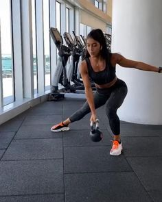 Fitness Workouts, Full Body Hiit Workout, Gym Workout Videos, Fitness Workout For Women, Butt Workout, At Home Workouts, Fitness Tips, Crossfit Leg Workout, Buttocks Workout