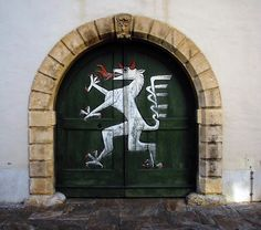 the Styrian Panther, the insignia of Graz, at a door in the city