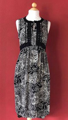 ANTHROPOLOGIE HOLDING HORSES Black Floral Lace Fringe Shift Dress Size 0 #HoldingHorses #Shift #Casual