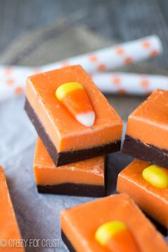 Orange and Black fudge, perfect for Halloweeen! crazyforcrust.com