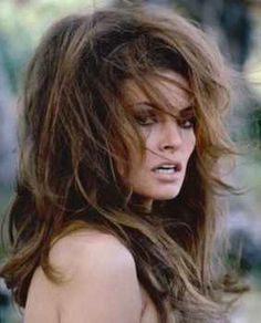 34c7108eb3a71 This iconic bombshell rocked sexy bedroom hair that made girls jealous and  did almost all her own makeup - Raquel Welch