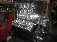 Blown Lincoln V12 Engine. Photo and engine build by H & H Flatheads.