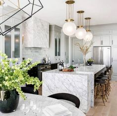 Interior design kitchen contemporary and luxury kitchen design companies. Art Deco Kitchen, Home Decor Kitchen, Interior Design Kitchen, Kitchen Ideas, Kitchen Planning, Decorating Kitchen, Kitchen Layout, Diy Kitchen, Kitchen Sink