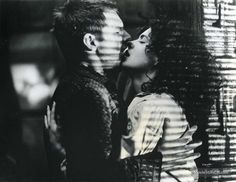 Blade Runner - Publicity still of Harrison Ford & Sean Young. The image measures 766 * 591 pixels and was added on 20 February Man In Black, Sean Young, The Best Films, Iconic Movies, Blade Runner 2049, Ridley Scott, Ghost In The Shell, Science Fiction Art, Short Film
