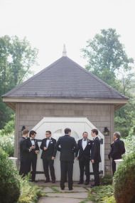 Rustic Elegance at Old Edwards Inn - Style Me Pretty Photo: Natalie Watson Photography