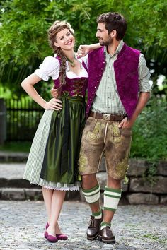 trachten - lederhosen and dirndl Love the colors! Dirndl Dress, Dress Up, German Costume, Costumes Around The World, Costume Contest, Folk Costume, Historical Costume, Traditional Dresses, Nice Dresses