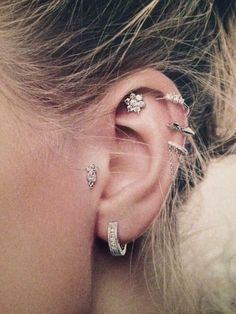 I've never had any desire to add upper ear piercings until this picture | best stuff