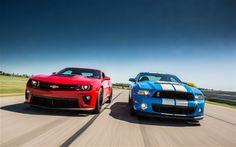 Camero vs Mustang