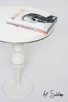 Luxury white avantgarde table by Art Sublime. #decor #luxury #luxuryfurniture  #wnętrza #extravagance #elegant #handmadefurniture #luxurygoods #luxuryglam #archidaily #interiordesign #dekoracja #homedecor #interiorstyling #homedecorating #interiorinspiration #luxurygoods #handmadefurniture #extravagance #zakupy #archidaily #interior #designporn #architektwnetrz #projektantwnetrz #wnetrza #bedroom #interiordecor #instadecor #interior4all #home #architektwarszawa #poduszki #table
