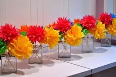 Flirty Fiesta Paper Flower Bouquet {Centerpiece Ideas} for Cinco de Mayo. Tissue Paper Crafts, Tissue Paper Flowers, Diy Paper, Paper Poms, Mexican Paper Flowers, Tissue Poms, Paper Flower Centerpieces, Centerpiece Ideas, Simple Centerpieces