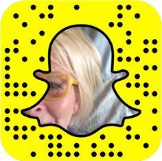 Marja Nousiainen: Onko snapchat pienyrittäjän some-kanava? Snapchat -huuma. Mistä se kumpuaa, ketä kannattaa seurata. Mikä on snapchat ja miten pääset alkuun.