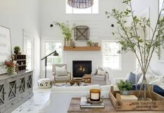 Beautiful Farmhouse Living Room Ideas! Find some of the best farmhouse themed living room decorations and designs that you can use for inspiration. We have modern farm home living rooms and more. Living Room Photos, Living Room Decor, Living Spaces, Living Rooms, Modern French Country, Modern Farmhouse Style, White Farmhouse, Italian Farmhouse, Modern Barn
