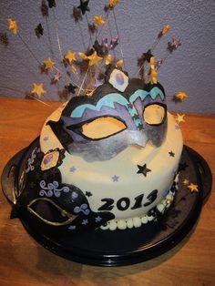 Masquerades mask cake