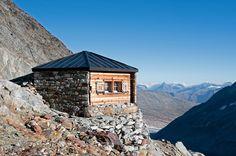 Mountain resort #biwak #bivy #switzerland #alps #berneroberland #lansdscape #mountaineering #hiking #mountain #adventure #travel #exploration #hutte #cabane #refuge #chalet #nature #trekking