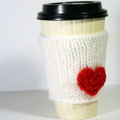 could this be any cuter???  I can totally see this on my starbucks cup!