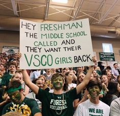 See more of mxdisonnkennedyy's VSCO. School Spirit Posters, School Spirit Days, Cheer Posters, Really Funny Memes, Stupid Funny Memes, Funny Relatable Memes, Funny Texts, Hilarious, Funny Vid
