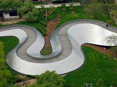 BP Pedestrian Bridge in Millennium Park By Frank Gehry  SOM - 01