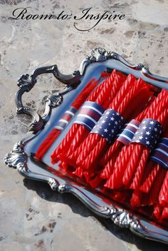 Licorice and patriotic scrapbook paper. Brilliant for a 4th of July party!