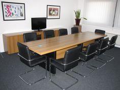 Sale riunioni classic, business e prestige per i vostri meeting aziendali e corsi.