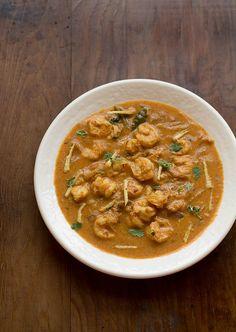 Punjabi Prawn Curry Recipe, How to make Punjabi Dhaba Style Prawns Curry Prawn Recipes, Curry Recipes, Fish Recipes, Meat Recipes, Seafood Recipes, Indian Food Recipes, Asian Recipes, Ethnic Recipes, Heritage Recipe