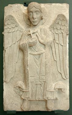 Romanic Angel - Museum of Cathedral - Hungary ( XII c. Romanesque Sculpture, Romanesque Art, Angel Artwork, Historical Artifacts, European Paintings, Celtic Art, Stone Sculpture, Medieval Art, Sacred Art
