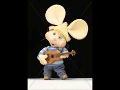 CUMPLEAÑOS FELIZ MICKEY Canciones infantiles- Canción tradicional- NIÑOS dedicar infantil - YouTube Funny Happy Birthday Song, Happy Birthday Tom, Happy Birthday Wishes Cake, Happy Birthday Flower, Birthday Songs, Happy Birthday Greetings, Inspirational Christmas Message, Mickey Mouse Images, Good Morning Prayer