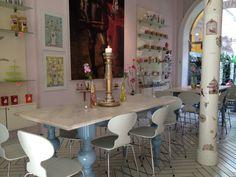 Great place in Copenhagen. Royal Copenhagen Smushi Cafe. Read more about it here! http://franciskasvakreverden.blogspot.no/2013/07/piknik-i-frognerparken.html Photo by: Franciska Munck-Johansen