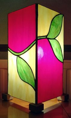 Tiffany stained glass box lamp by Tina Ellis. #GlassLamp