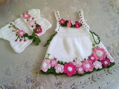 Mary Helen and crochet trico Crafts: bebe Dresses Crochet Baby Dress Pattern, Baby Dress Patterns, Baby Girl Crochet, Crochet Baby Clothes, Crochet For Kids, Crochet Dresses, Skirt Patterns, Crochet Toddler, Crochet Crafts