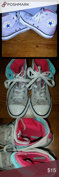 Girls Converse Hightops! Gray girls converse hightops Double layer blue and pink on tounge and on the hightop Priced for condition. Converse Shoes