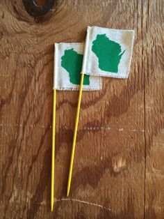Wisconsin Flag / hostess gift, home decor, Christmas, Holiday