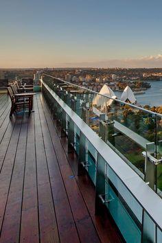 The InterContinental's higher floors offer stunning views of the Sydney harbor. InterContinental Sydney (Sydney, Australia) - Jetsetter