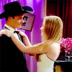 riley has many identity crisis but no one notices but when maya does it's such a big deal Very Pretty Girl, Pretty Girls, World Gif, Peyton Meyer, Disney Channel Stars, Girl Meets World, Sabrina Carpenter, Tom Cruise, Wattpad