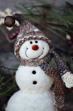 Bear Creek Snowman #683 needle felted by Teresa Perleberg