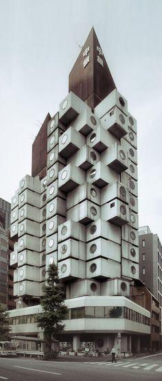 Kisho Kurokawa - Nakagin Capsule Tower Building, Tokyo