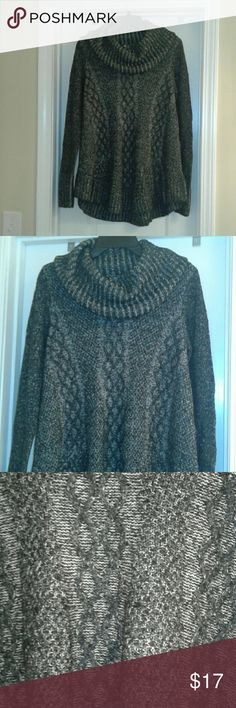 Beautiful Cowl Neck Sweater The Kaisely Cowl Neck Sweater is the perfect go-to for those chilly days. Marled knit with a cowl neck and loose fit. Wear with skinny jeans and boots. Kaisely Sweaters Cowl & Turtlenecks