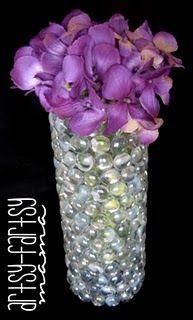 Find creative craft tutorials, simple recipes, printables and more at Artsy-Fartsy Mama Vase Crafts, Diy Crafts, Diy Hair Bow Holder, Craft Tutorials, Diy Projects, Outdoor Projects, Craft Day, Crafty Craft, Crafting